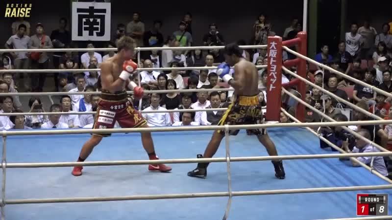 安達 陸虎 VS マキシ ナハク